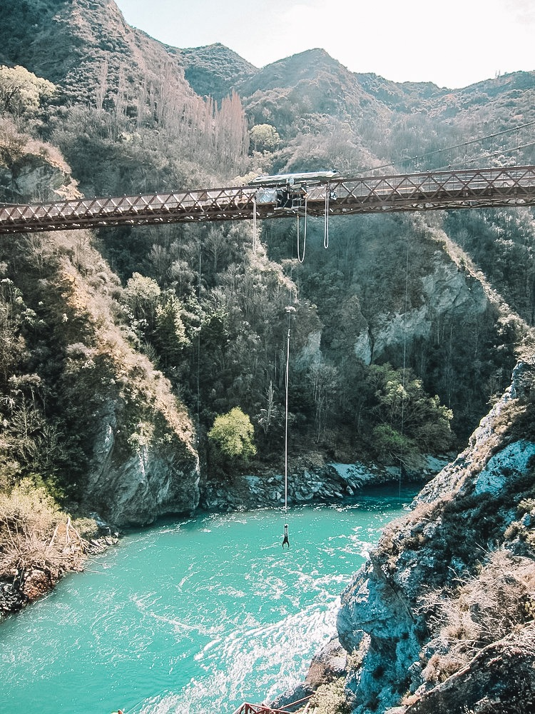 Bungee in Queenstown