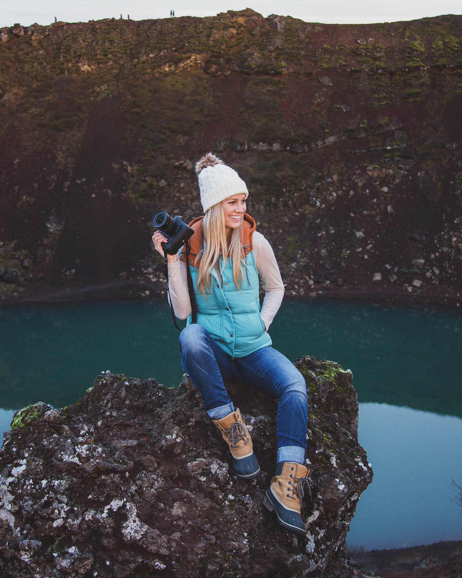 blonde travel blogger