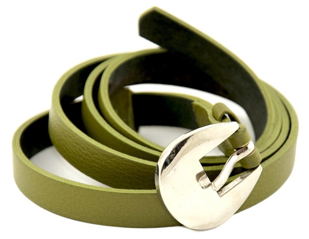 Green belt with buckel