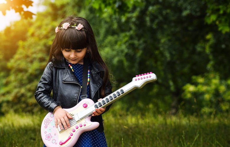 Tips for Choosing the Right Music for Your Kids to Listen to