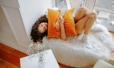 Menstrual Cycles & Acne: Understanding Hormonal Breakouts