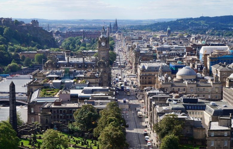 Moving to Edinburgh: How Removals Companies, Moving Plans, and Research Can Make Your Move Easier