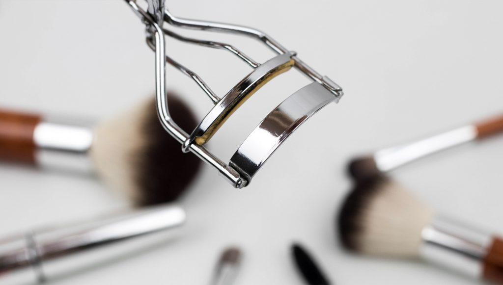 Eyelash tools