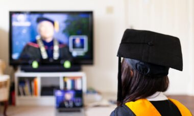 3 Tips to Host a Successful Virtual Graduation Party the Right Way