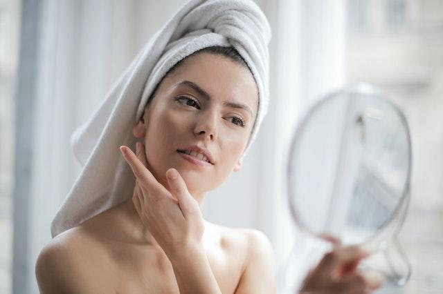 Understanding the Ingredients in Your Skincare Formulas